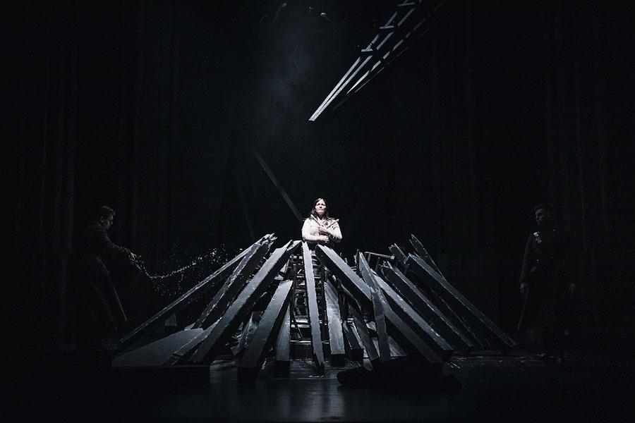 SNG Opera in balet Ljubljana / Darja Štravs Tisu