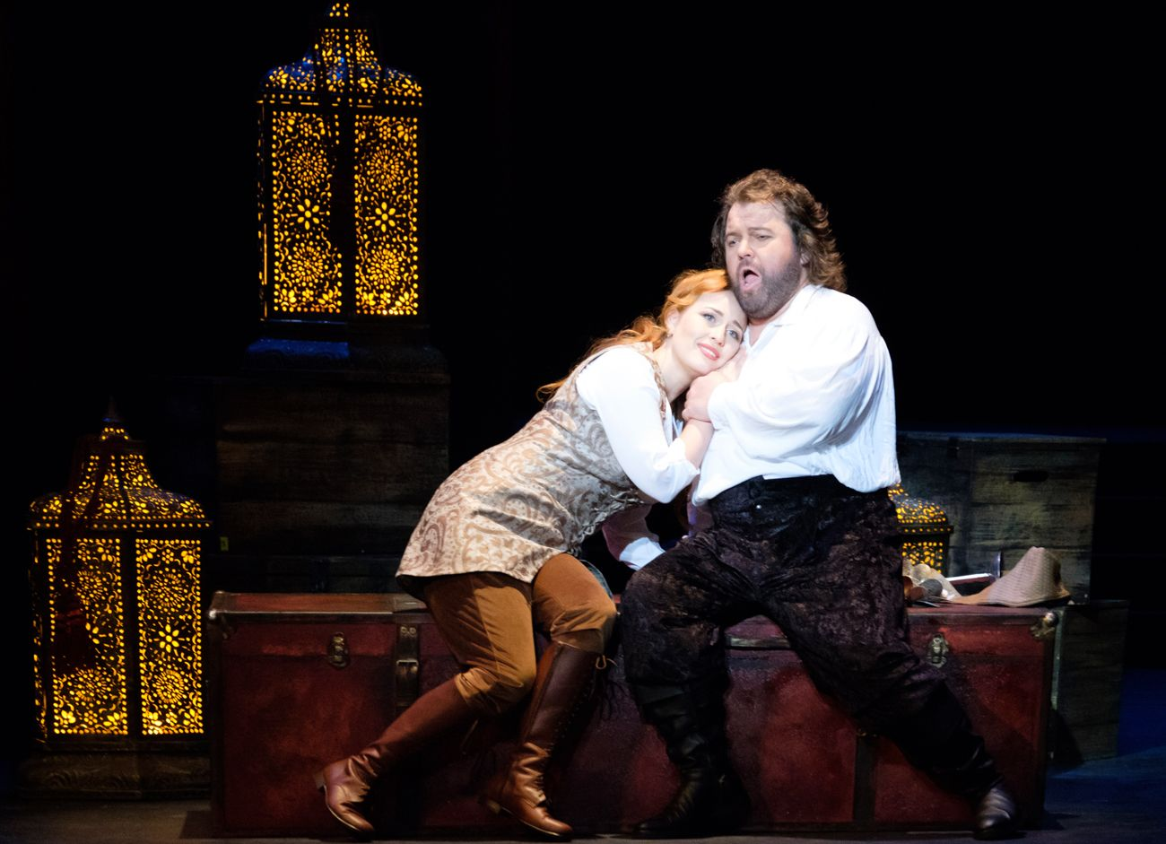 Elena Stikhina as Desdemona and Kristian Benedikt as Otello COPYRIGHT Ópera de Bellas Artes - Ana Lourdes Herrera