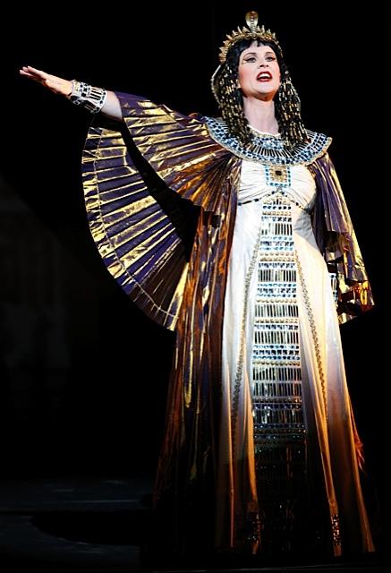 Deborah Humble - Aida (Amneris) - foto di Jeff Busby