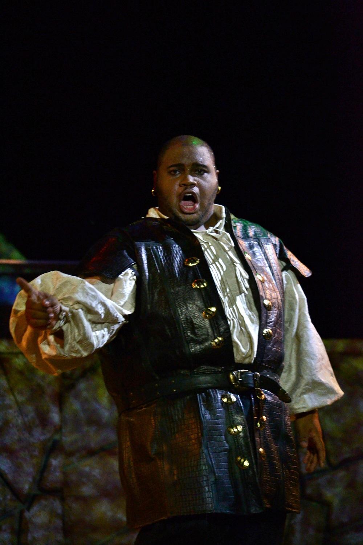 Issachah Savage as Otelo Copyright - Marco Ayala OFJ
