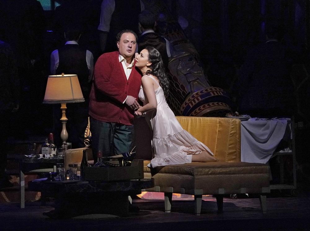 George Gagnidze, Rosa Feola - ph. Ken Howard / Met Opera