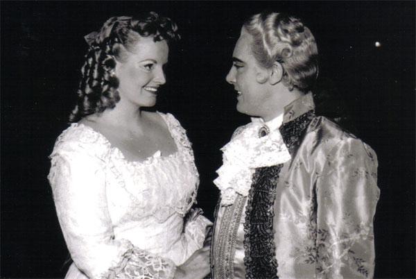 Anna de' Cavalieri con Mario Del Monaco, Napoli - San Carlo, 1954