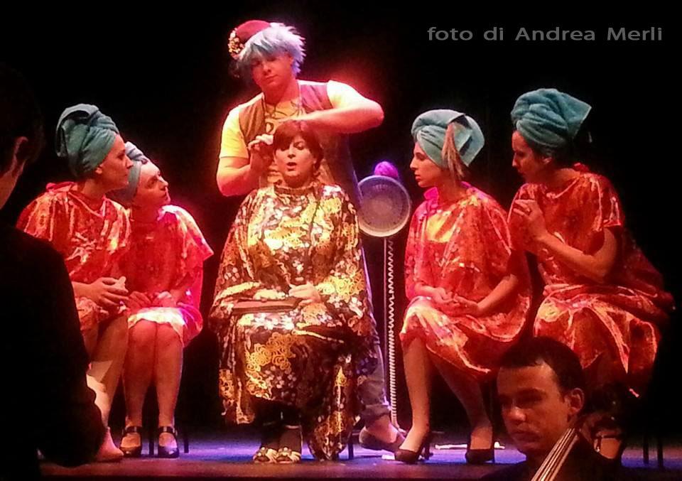 Foto di Andrea Merli - Giannetta; Maria Cristina Ciampi e coro VoceallOpera