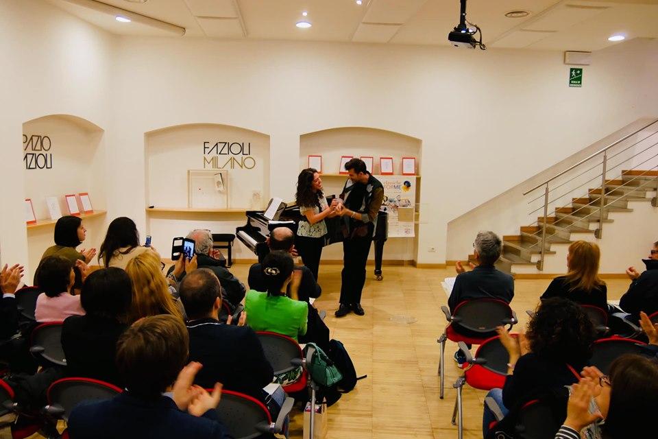Beatrice Rana e Vittorio Prato durante la presentazione del Festival - ph. dalla Pagina Facebook di ClassicheFORME