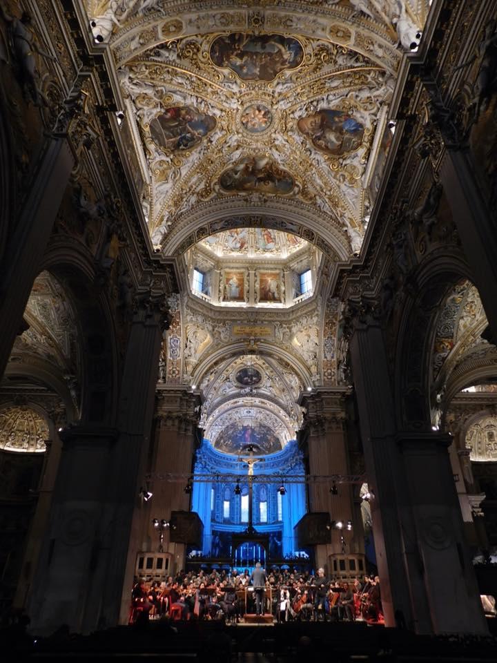 Basilica di Santa Maria Maggiore durante la Messa di Requiem - foto di Leone Facoetti