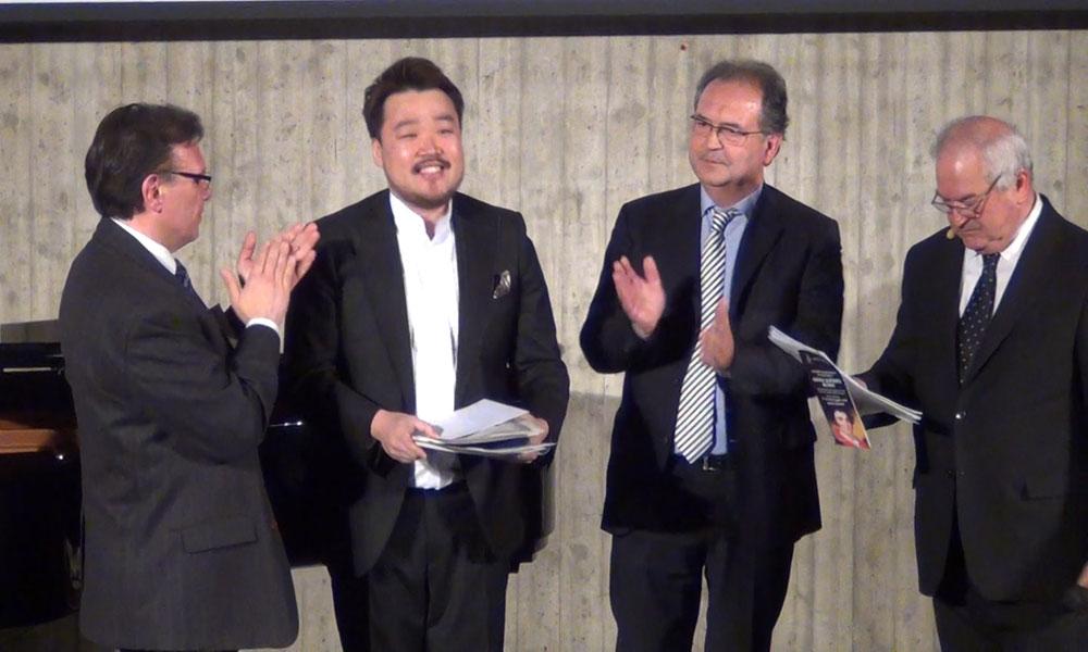 Lee Bum Jo vincitore del SECONDO premio