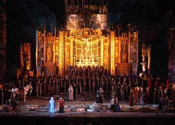Foto Ennevì - Fondazione Arena di Verona