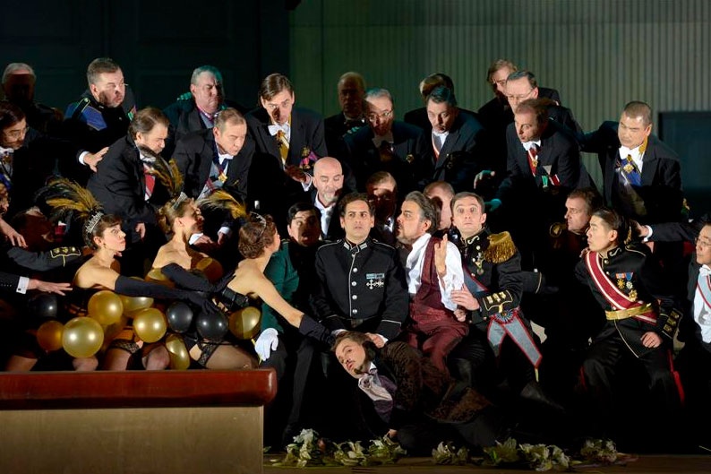 Berlino - Deutsche Oper: Les Huguenots - copyright: Bettina Stöss